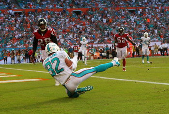 Hi-res-181594099-brian-hartline-of-the-miami-dolphins-catches-a_display_image