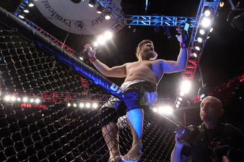 Roy Nelson is facing a tough opponent in Daniel Cormier.