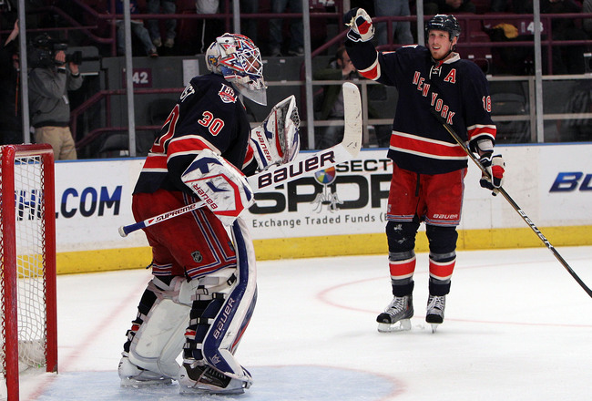 Hi-res-111648138-henrik-lundqvist-and-marc-staal-of-the-new-york-rangers_crop_650x440