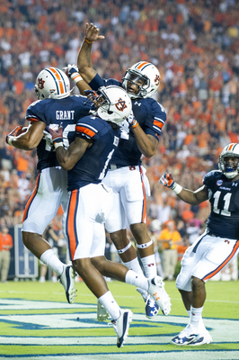 Hi-res-179149527-running-back-corey-grant-of-the-auburn-tigers_display_image
