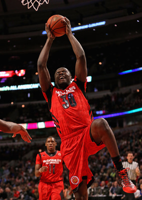 Hi-res-165537793-julius-randle-of-the-east-puts-up-a-shot-during-the_display_image
