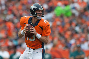 Hi-res-182607818-quarterback-peyton-manning-of-the-denver-broncos-rolls_display_image