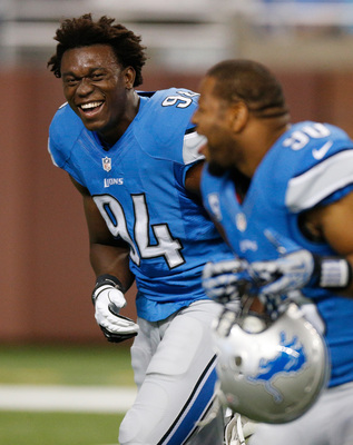 Hi-res-180058952-ezekiel-ansah-of-the-detroit-lions-is-all-smiles-behind_display_image