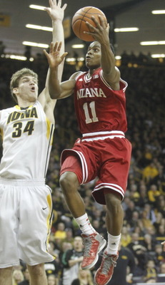 158839067-guard-kevin-yogi-ferrell-of-the-indiana-hoosiers-drives_display_image