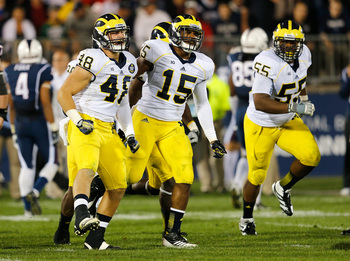 Hi-res-181507775-desmond-morgan-of-the-michigan-wolverines-reacts-with_display_image