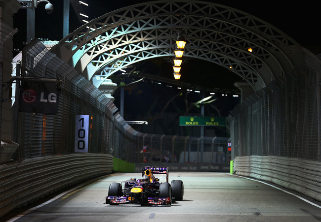Hi-res-181542602-sebastian-vettel-of-germany-and-infiniti-red-bull_crop_650