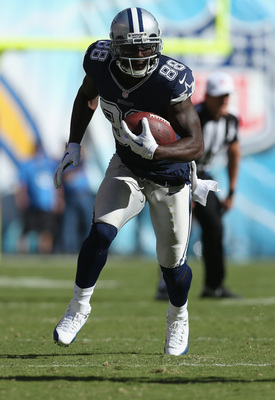 Hi-res-183075965-wide-receiver-dez-bryant-of-the-dallas-cowboys-carries_display_image