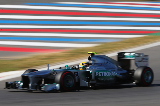 Hi-res-183078513-lewis-hamilton-of-great-britain-and-mercedes-gp-drives_crop_650