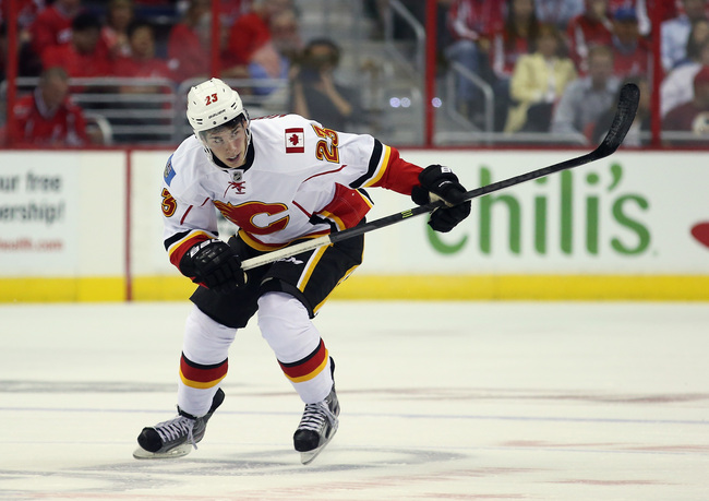 Hi-res-183099009-sean-monahan-of-the-calgary-flames-skates-against-the_crop_650