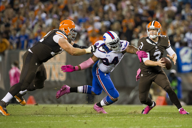 Hi-res-183051682-tackle-mitchell-schwartz-of-the-cleveland-browns-tries_crop_650