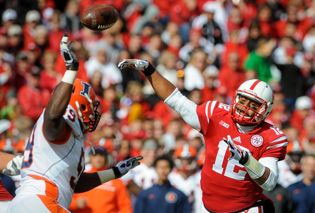 Hi-res-183163256-quarterback-ron-kellogg-iii-of-the-nebraska-cornhuskers_crop_650x440