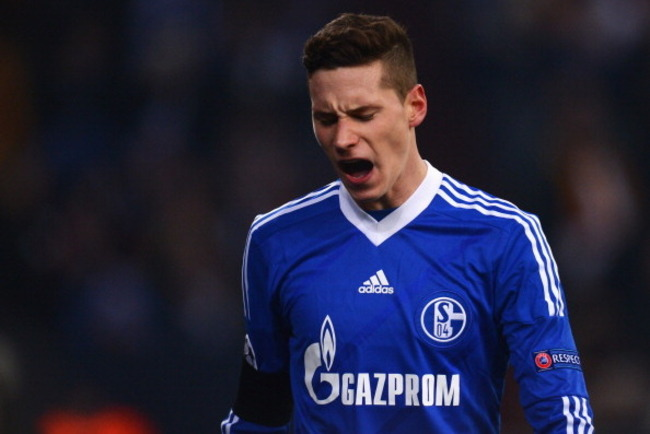 163574099-julian-draxler-of-schalke-looks-dejected-during-the_crop_650