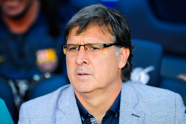 Hi-res-176915719-head-coach-gerardo-tata-martino-of-fc-barcelona-looks_crop_650