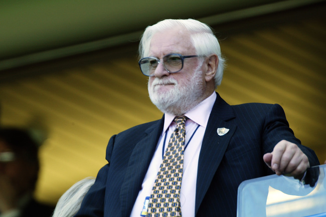 Hi-res-2521995-chelsea-chairman-ken-bates-looks-on-during-the-fa_crop_650
