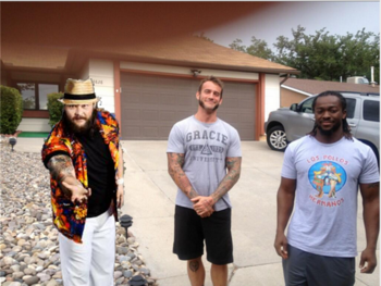 Breaking Bad can bring everyone together (Photos via wwe.com and pwmania.com)