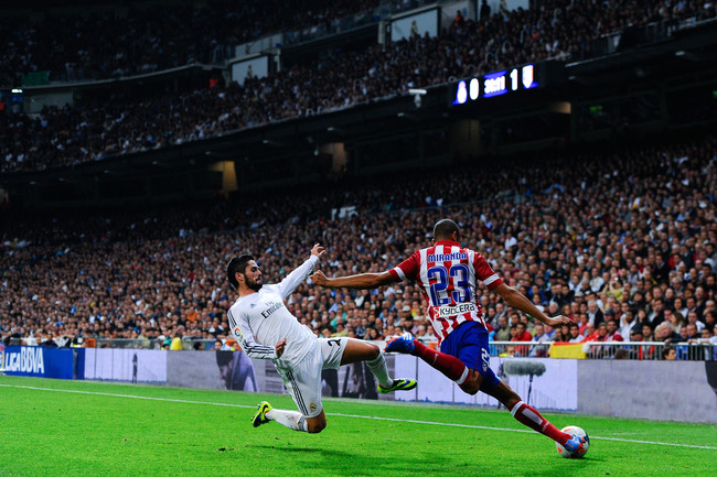 Hi-res-182580809-joao-miranda-of-atletico-de-madrid-clear-the-ball-under_crop_650