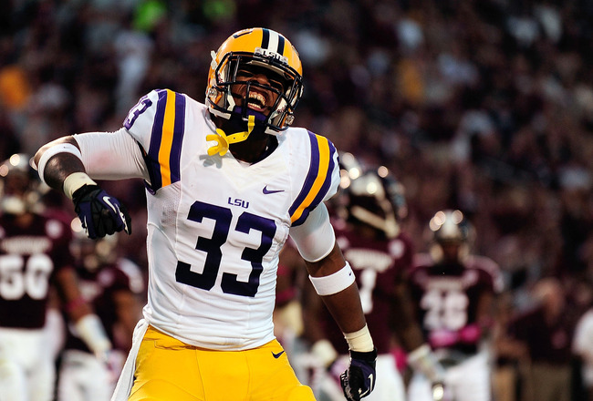 Hi-res-183192007-jeremy-hill-of-the-lsu-tigers-celebrates-a-touchdown_crop_650x440
