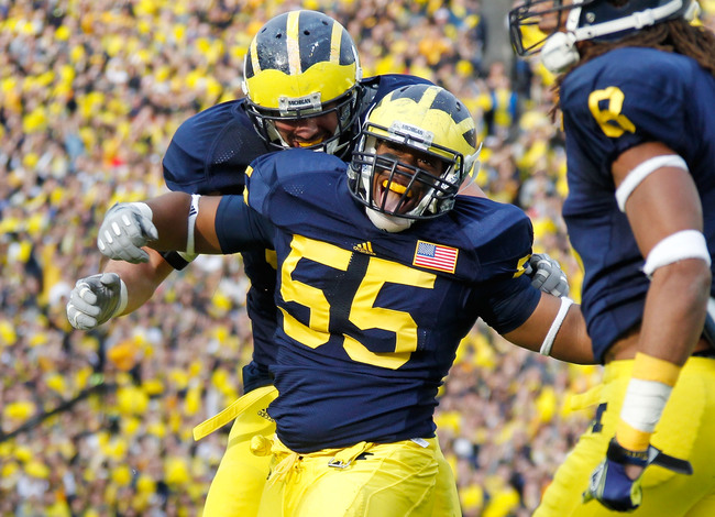 Hi-res-134134102-jibreel-black-of-the-michigan-wolverines-reacts-after-a_crop_650