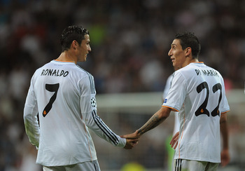 Hi-res-182938225-angel-di-maria-of-real-madrid-cf-celebrates-with-team_display_image