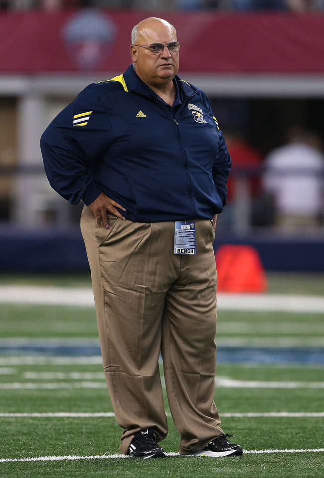 Hi-res-151225195-university-of-michigan-offensive-coordinator-al-borges_crop_650