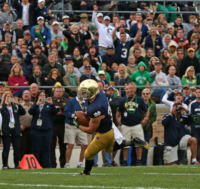 Hi-res-181479619-cam-mcdaniel-of-the-notre-dame-fighting-irish-runs-for_crop_650