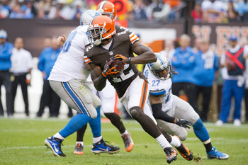 Hi-res-184416029-wide-receiver-josh-gordon-of-the-cleveland-browns-runs_display_image