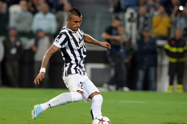 Hi-res-182936256-arturo-vidal-of-juventus-shoots-from-the-penalty-spot_crop_650