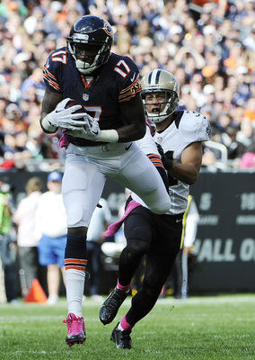 Hi-res-183452921-alshon-jeffery-of-the-chicago-bears-catches-a-pass-in_display_image