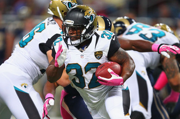 Hi-res-183457069-maurice-jones-drew-of-the-jacksonville-jaguars-rushes_display_image
