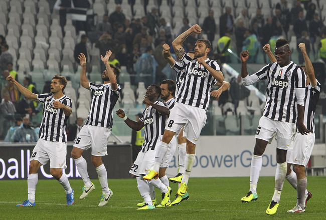 Hi-res-183452957-players-of-the-juventus-fc-celebrate-victory-at-the-end_crop_650