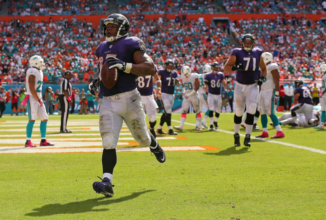 Hi-res-183457047-ray-rice-of-the-baltimore-ravens-scores-a-touchdown_crop_650x440