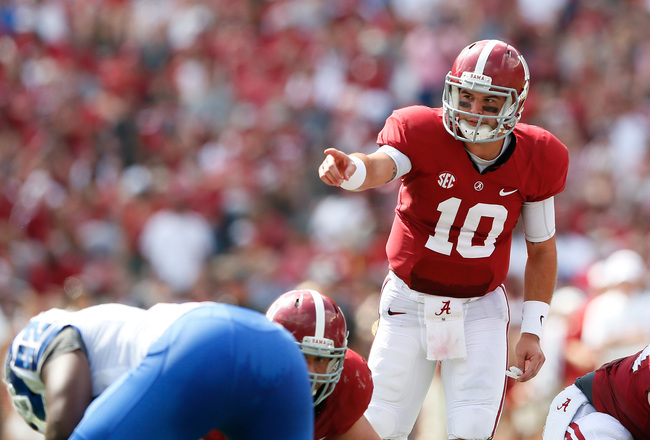 Hi-res-183161694-mccarron-of-the-alabama-crimson-tide-points-to-the_crop_650x440