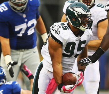 183447906-mychal-kendricks-of-the-philadelphia-eagles-recovers-a_display_image