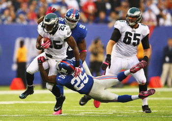 183447930-lesean-mccoy-of-the-philadelphia-eagles-runs-past-will_display_image
