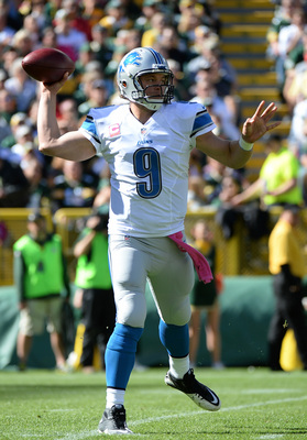 Hi-res-183447151-matthew-stafford-of-the-detroit-lions-passes-on-the-run_display_image