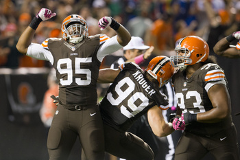 Hi-res-183051565-defensive-end-armonty-bryant-of-the-cleveland-browns_display_image