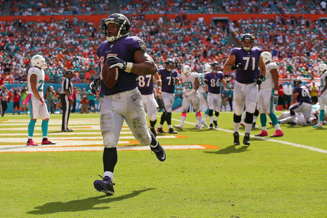 Hi-res-183457047-ray-rice-of-the-baltimore-ravens-scores-a-touchdown_crop_650