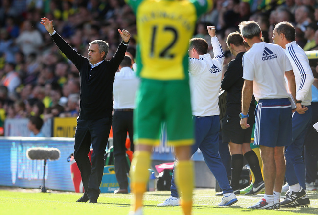 Hi-res-183435466-manager-jose-mourinho-of-chelsea-celebrates-after-eden_crop_650x440
