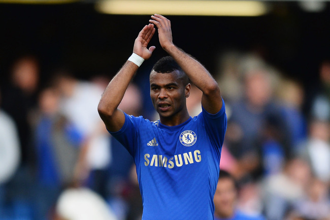 Hi-res-153543629-ashley-cole-of-chelsea-salutes-the-crowd-after-the_crop_650