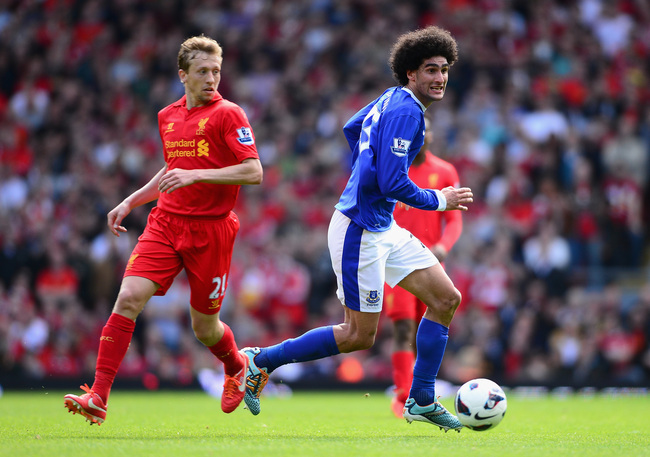 Hi-res-168089721-marouane-fellaini-of-everton-competes-with-lucas-of_crop_650