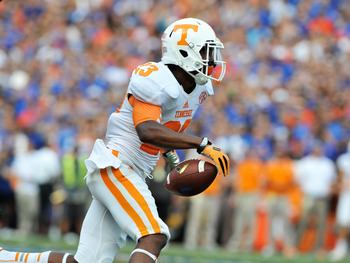 Hi-res-181472016-cornerback-cameron-sutton-of-the-tennessee-volunteers_display_image