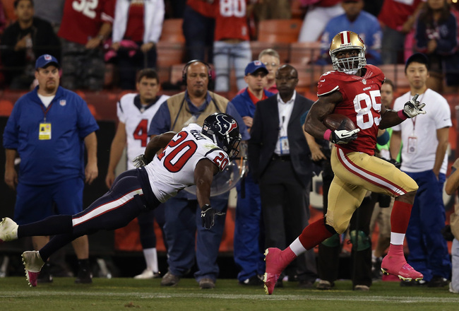 Hi-res-183485193-tight-end-vernon-davis-of-the-san-francisco-49ers-runs_crop_650x440