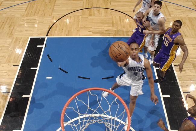 Hi-res-163589149-arron-afflalo-of-the-orlando-magic-finger-rolls-the_crop_650