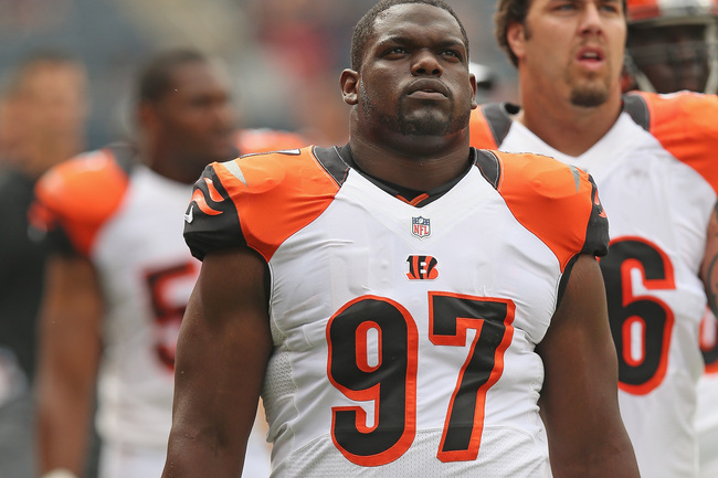 Hi-res-180048106-geno-atkins-of-the-cincinnati-bengals-leaves-the-field_crop_650