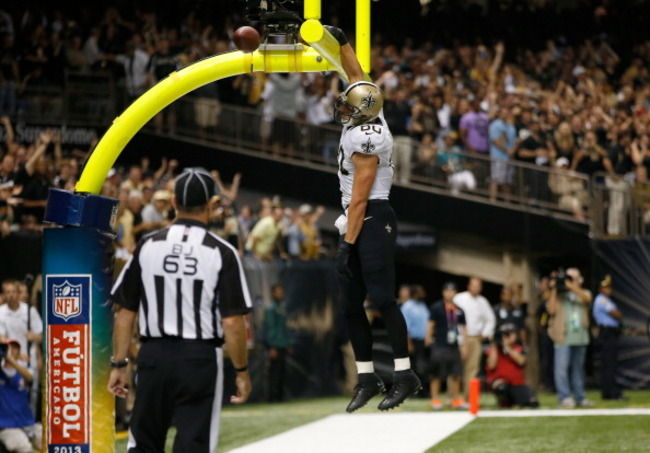 182563264-tight-end-jimmy-graham-of-the-new-orleans-saints-dunks_crop_650