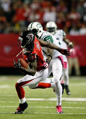 Hi-res-183605874-wide-receiver-julio-jones-of-the-atlanta-falcons-makes_display_image