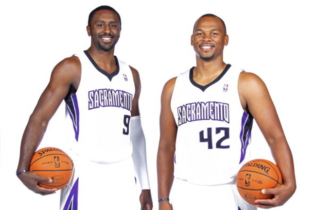 182590360-patrick-patterson-and-chuck-hayes-of-the-sacramento_crop_650