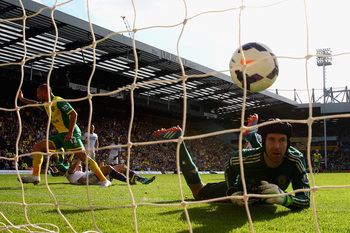 Hi-res-183435638-anthony-pilkington-of-norwich-city-turns-to-celebrate_display_image