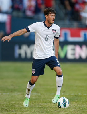 Hi-res-170444521-brad-evans-of-usa-dribbles-against-panama-during-the_display_image
