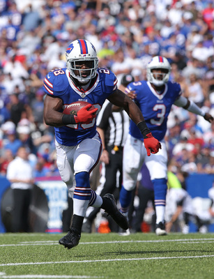 Hi-res-182305754-spiller-of-the-buffalo-bills-carries-the-ball-on-a-hand_display_image